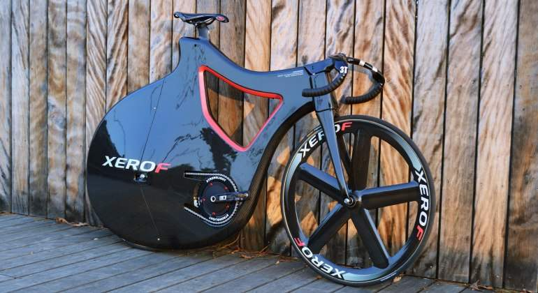 Máxima velocidad sobre dos ruedas a 16.000 euros