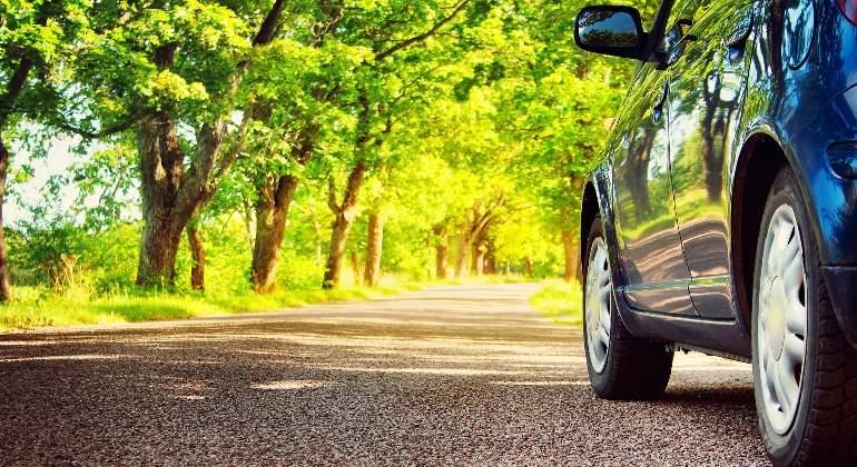 coche-carretera-verano-dreamstime.jpg