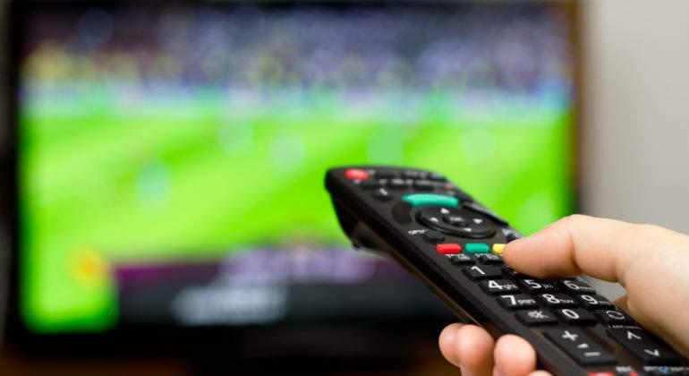 television-mando-2.jpg