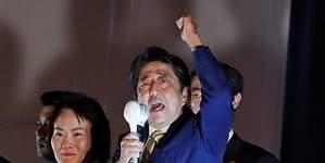 Shinzo Abe luce como favorito en las elecciones de Japón
