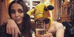 El fiestón de Paula junto a un Pikachu desnudo