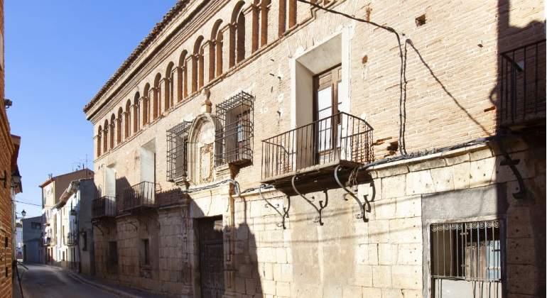 Guitarte, de Teruel Existe: un palacete y 5 millones de patrimonio