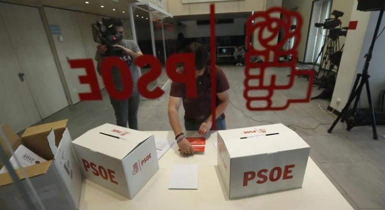 psoe-primarias-urnas-efe.jpg
