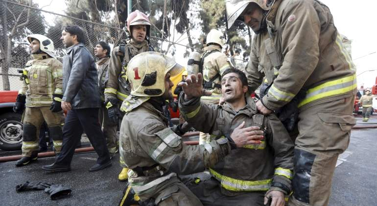 bomberos-teheran.jpg