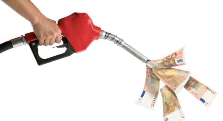 gasolina-billetes.jpg