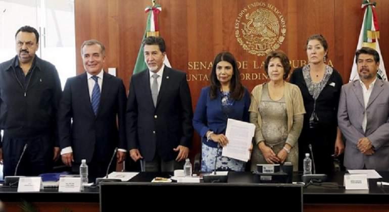 "Ciudadanos rompen con senadores por falta de fiscal anticorrupción"""