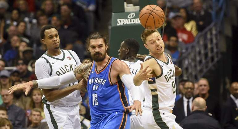 NBA-ThunderBucks-1nov2017-Reuters.jpg