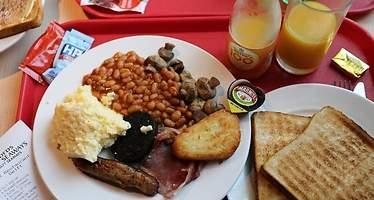 El desayuno inglés se encarecerá un 13% por el Brexit