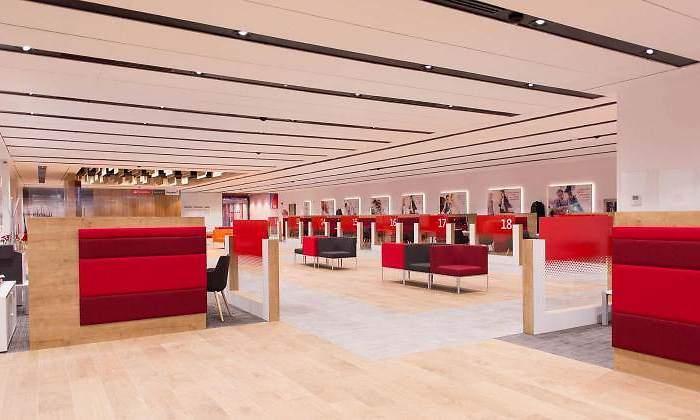 Santander abre las 500 oficinas smart red por la tarde a for Buscador oficinas banco santander