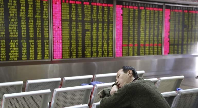 chino-dormido-bolsa-shanghai.jpg