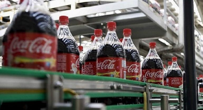 embotelladora-coca-cola-archivo.png