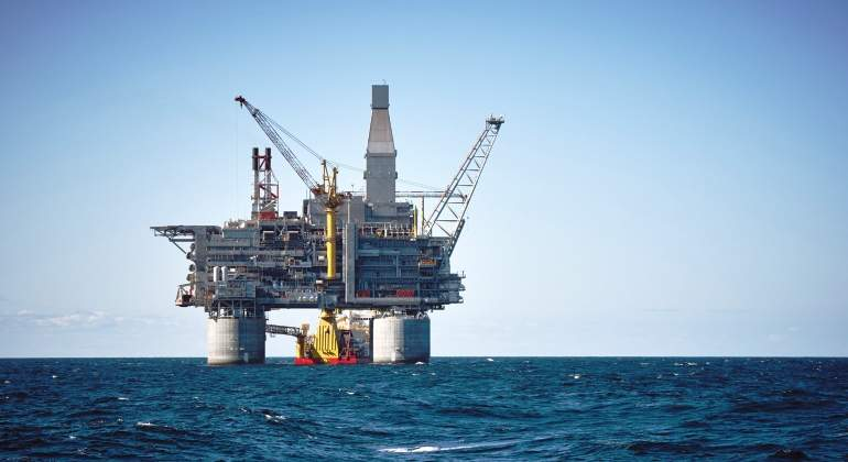 Barril de petróleo cerró en $ 48,85 este jueves
