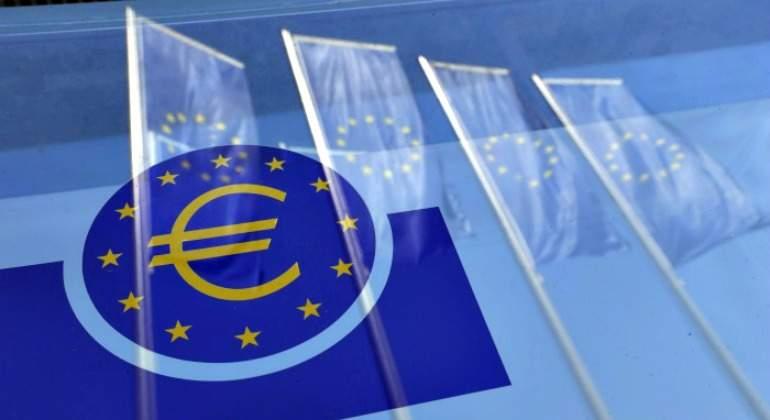 BCE deja sin cambios su tasa clave; da señales de relajación