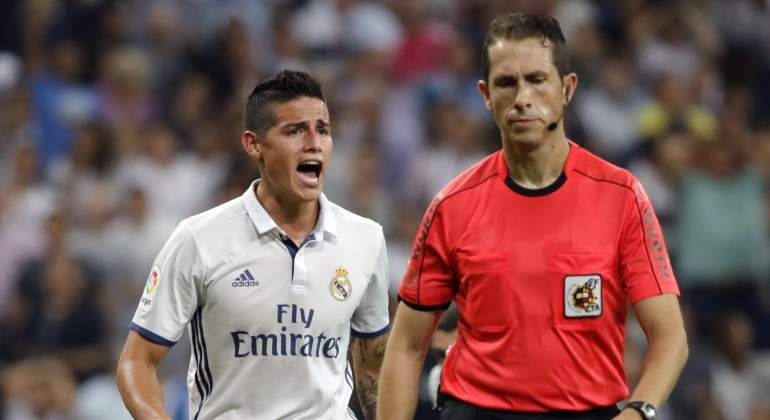James-grita-arbitro-2016-efe.jpg