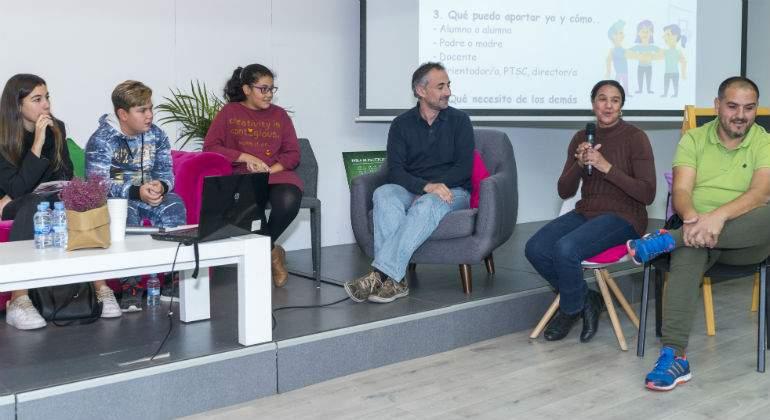 Alumnos-y-alumnas-y-docentes-del-IES-Arturo-Soria-y-del-CEIP-Navas-de-Tolosa111.jpg