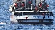 El Open Arms desembarca en Lampedusa tras la orden de la Fiscalía italiana por motivos humanitarios