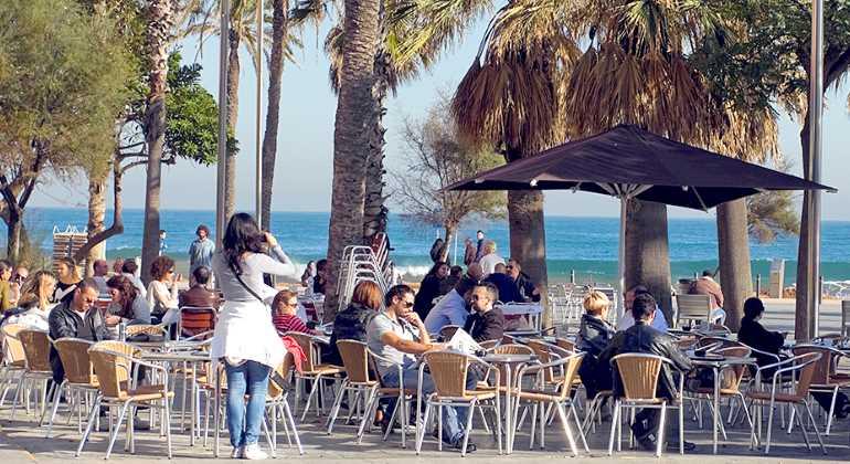 bar-terraza-770-istock.jpg