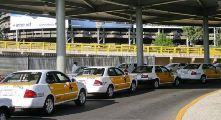 taxis-aicm-cdmx-EFE-770-420.jpg