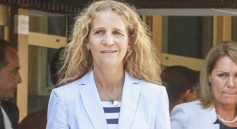 Así es (de fea) Vicky Fede Marichalar igualica que su DEP agüelica  - Página 2 Infanta-robo-770