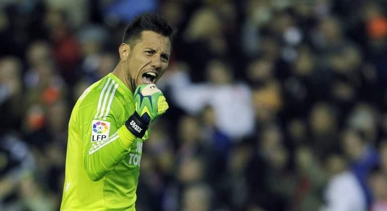 Diego-Alves-Celebra-Valencia-2016-reuters.jpg
