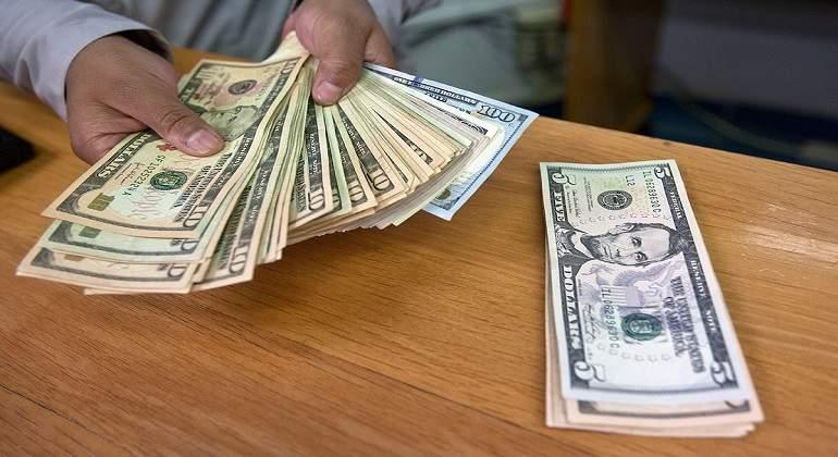 Compra y venta de hoy lunes 31 de julio — Precio del dólar