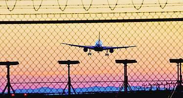 El Prat y Barajas serán los grandes aeropuertos más baratos de Europa