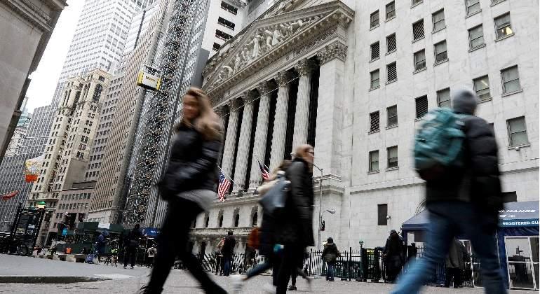 Wall Street cotiza sin pulso, pero aún está a un 2% del primer bache