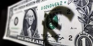 Draghi lleva al euro a rozar su máximo anual ante el dólar