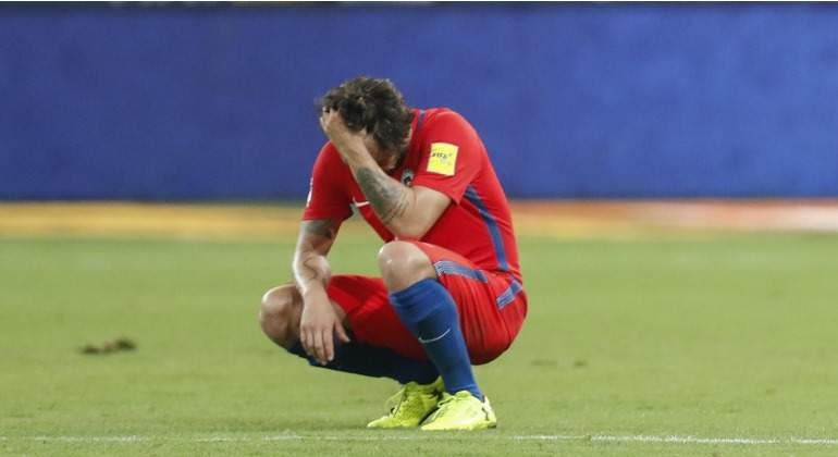 Chile-valdivia-eliminado-mundial-2017-efe.jpg