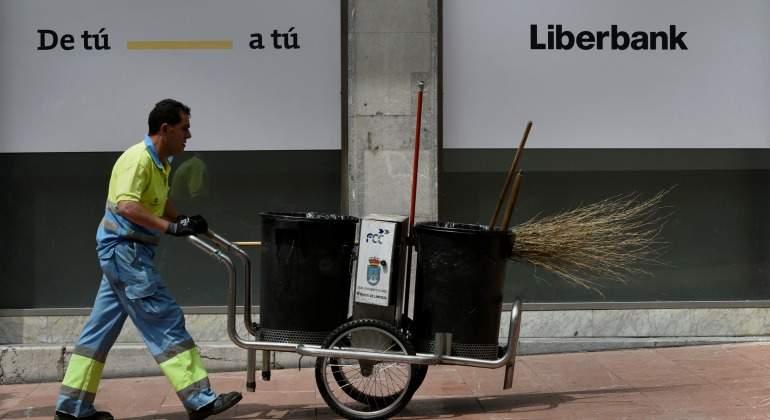 liberbank-barrendero.jpg