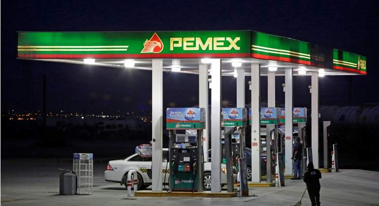 Destituyen a ocho funcionarios por robo de combustible