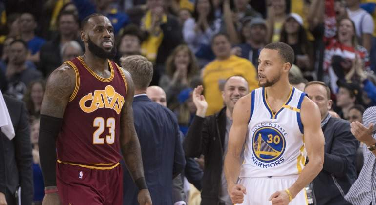 LeBron-Curry-2017-Reuters.jpg