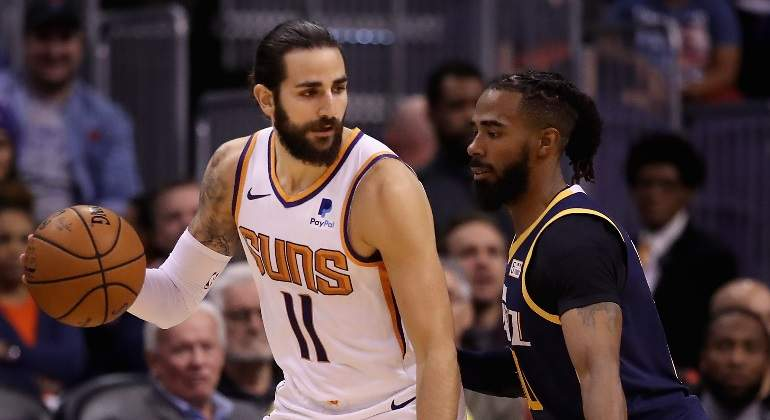 ricky-rubio-suns-jazz-getty.jpg