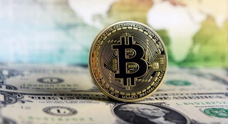 bitcoin-dolar-dreamstime.jpg