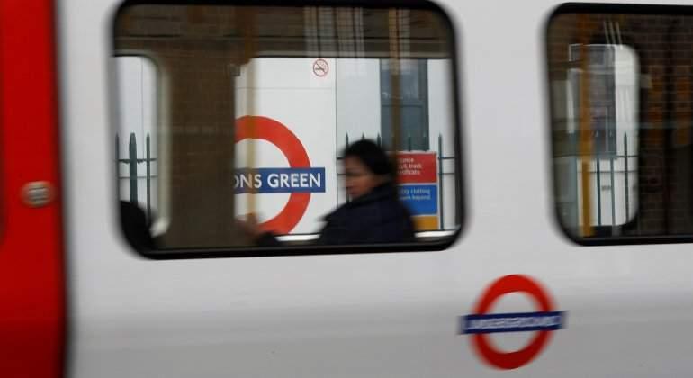 Alarma en estación de Oxford Circus en Londres — Galería
