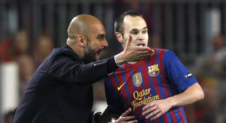 Iniesta-Guardiola-ordenes-2012-Reuters.jpg