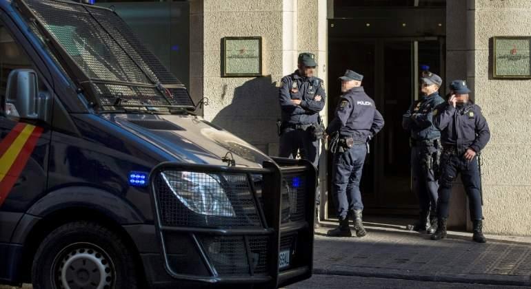 efectivos-policia-nacional-efe.jpg