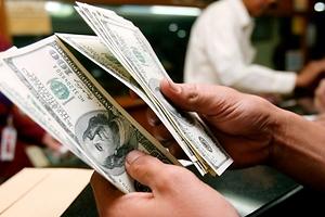 Decisión de la FED de mantener tipos hunde al dólar frente al peso chileno