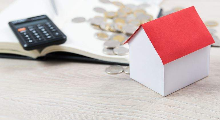 vivienda-compra-dinero-calculadora-770-istock.jpg