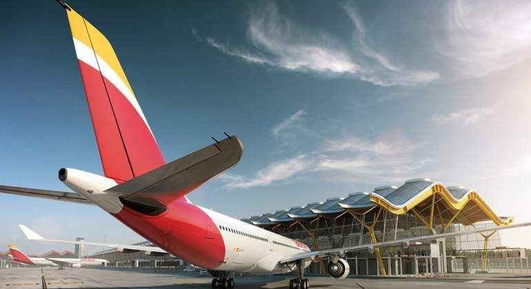 Iberia-avion-logonuevo.jpg