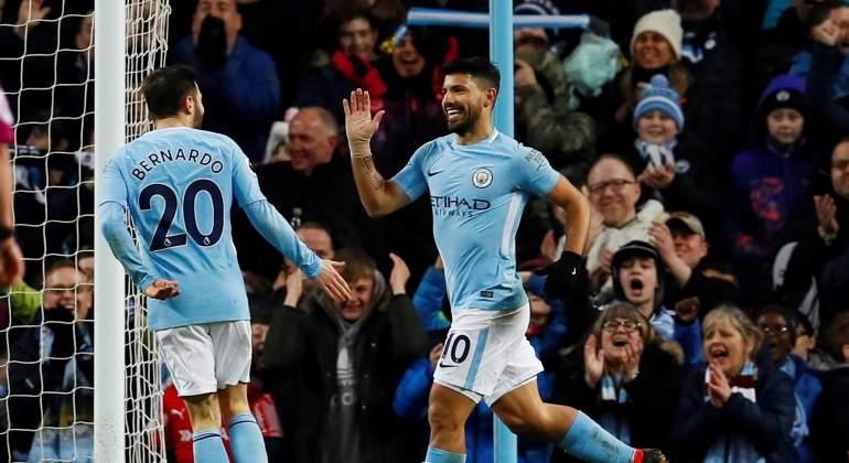 Cuatro goles de Agüero en la victoria del Manchester City
