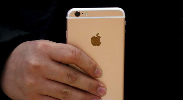 Apple es investigado en Francia por