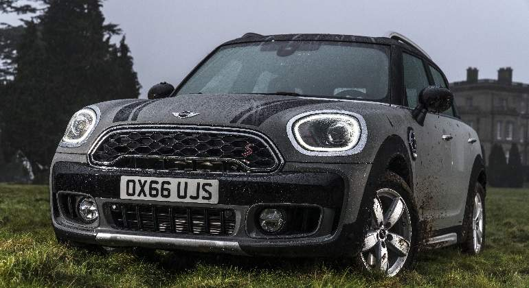 mini-countryman-2017-01.jpg