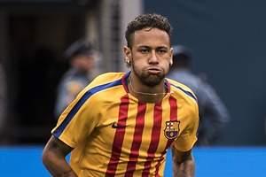 El farol de Piqué: Neymar aun duda