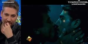 Ammann disfrutó mucho su beso gay en Narcos