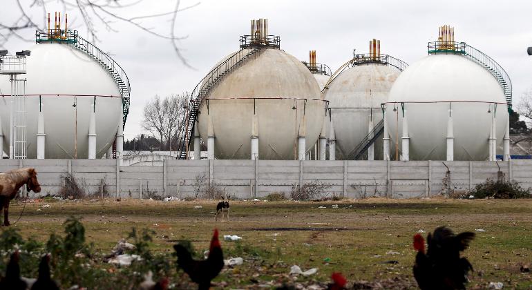 tanques-gnl-gas-natural-reuters.png