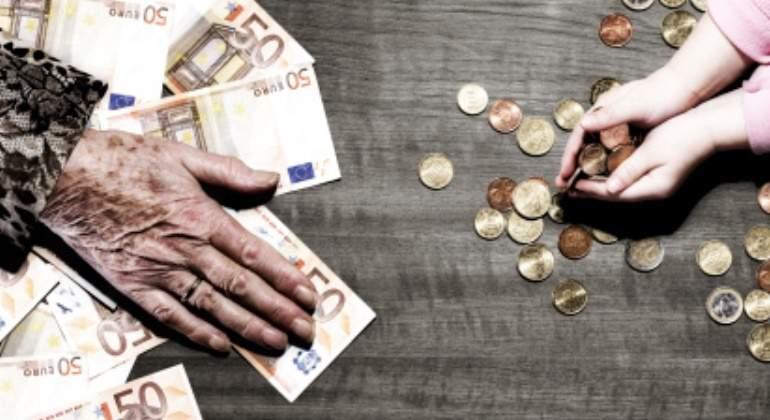 Joven-mayor-monedas.jpg