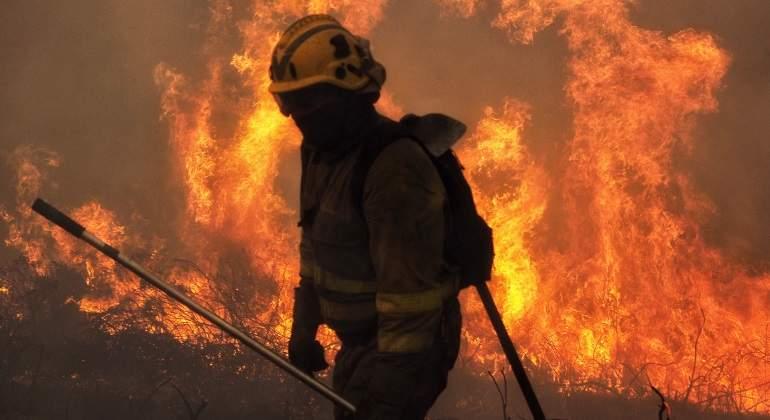 galicia-bombero-incendio-efe.jpg