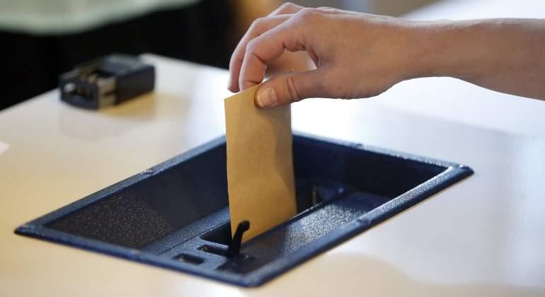 elecciones-francia-urna-efe.jpg