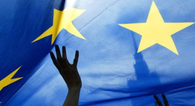 UE-bandera-reuters-770.jpg